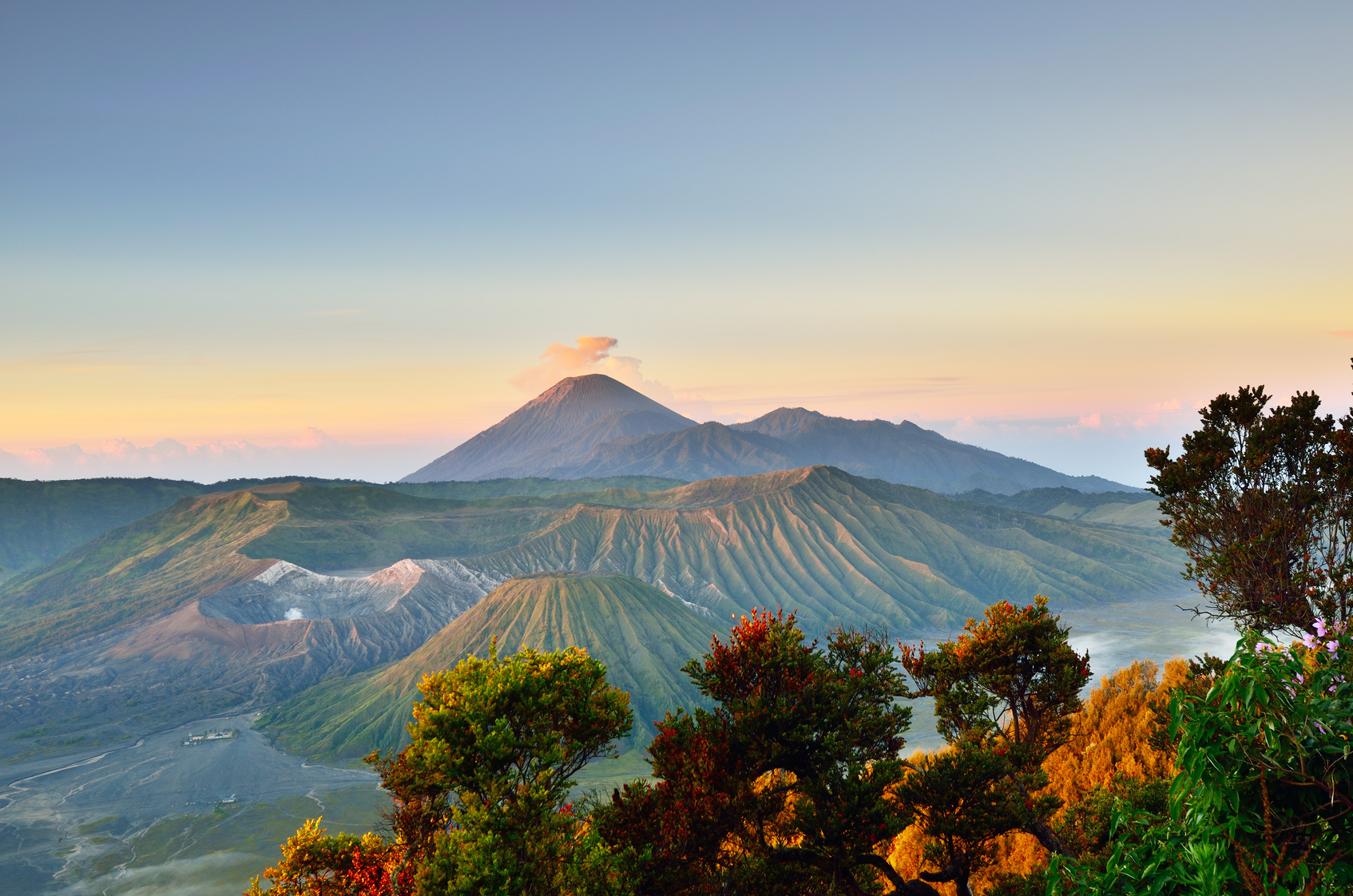 When the best time to travel to Mount Bromo ?- My Story